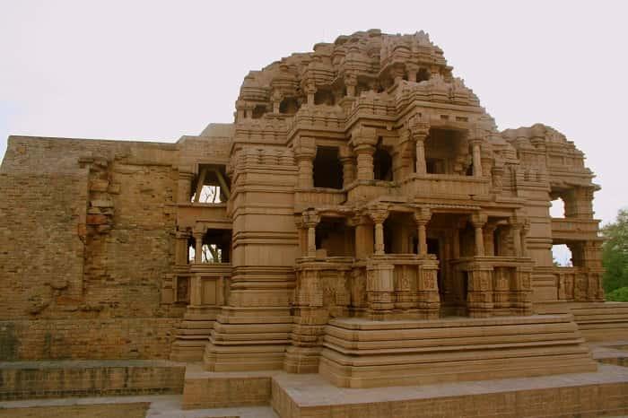 Saas Bahu Temples