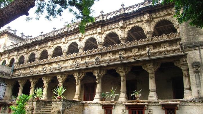 Navlakha Palace, Gondal